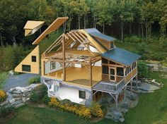 Custom design and building of beautiful, green, prefab homes and structures in New England and across the US.