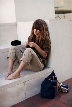 http://misstlog.blogspot.fr/2011/07/tricot-urbain-knitting-in-street.html