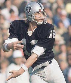 The Raiders.  Ken Stabler.  Fred Bilitnikoff.  Dave Casper.
