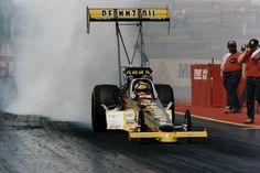 Pennzoil's Top Fuel rail driven by Bendigo's own Robin Kirby.