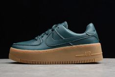 Nike Air Force 1 Sage Low LX на Nike.com. New Air Force One, Air Force One Shoes, New Nike Air Force, Buy Nike Shoes Online, White Air Force Ones, Kyrie Irving Shoes, Jordan Shoes For Sale, Cheap Running Shoes, Nike Basketball Shoes