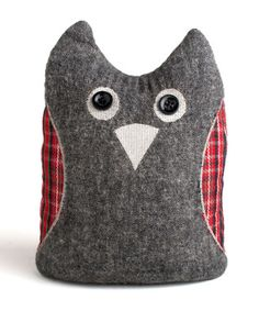 Hooty Owl door stop or bookend Owl Doorstop, Door Stopper, Bean Bag, Decoration, Home Organization, Craft Projects, Craft Ideas, Bookends, Diy And Crafts