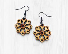 Mandala pendientes - pendientes de madera, joyería de peso ligero, Laser cortan a joyería, joyería de madera, Joanna Gaines, regalo para mujer, joyas naturales