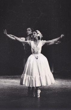 Ballet Photo Rudolf Nureyev and Margot Fonteyn in Le spectre de la Rose 8x10