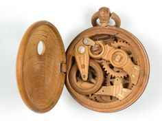 Really Cool Wooden Gadgets From Russia