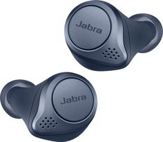 Create a secure fit while listening to music with these titanium black Jabra Elite wireless earbuds. These Jabra Elite wireless earbuds have a Bluetooth range, letting you move around freely without breaking the connection. Wireless In Ear Headphones, Sport Earbuds, Usb, New Gadgets, Travel Gadgets, Noise Cancelling, Cool Things To Buy, Good Things, Google