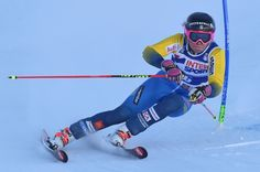 Sweden's Frida Hansdotter competes during the FIS Alpine World Cup Women Giant Slalom on December 10, 2016 in Sestriere, Italian Alps.  / AFP / GIUSEPPE CACACE