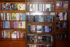 Uma biblioteca em casa...amo!! ♥