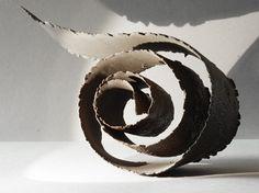Mues - Jeanne-Sarah Bellaiche, Céramiste. Création de céramiques contemporaines en Bretagne. Paperclay, Ceramic Art, Paper Art, Projects To Try, Creations, Ceramics Ideas, Pottery, Motifs, Crafts