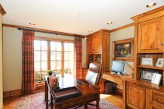Bright natural lighting and the hardwood finishes make this home office standout. Maryville, TN. Coldwell Banker Nelson Realtors, Inc. $1,499,000