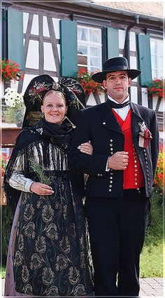 Tradition en Alsace, Streisselhochzeit in Seebach - Alsace, France (at one point my Wysong ancestors were in Alsace)