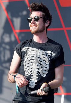 He looks like A lion Idk Why - - Bastille Live, Bastille Wild World, Bastille Band, Sci Fi Movies, Movie Tv, Will Farquarson, Dan Smith, Like A Lion, Florence The Machines
