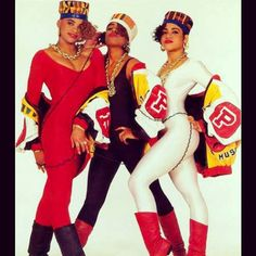 #Salt-N-Pepa. Old school hip-hop. Favourite female hip-hop group of all time.