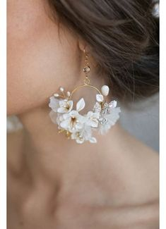 Silk Flower Hoop Earrings Style Gold … – Silk Flower Hoop Earrings Style Gold Flower Hoop Earrings Style Gold -…Clay flower circle earrings - Creamy blossom and…Geometrische Creolen Silber – Circle Earrings, Flower Earrings, Stud Earrings, Diamond Earrings, Silver Earrings, Vintage Earrings, Statement Earrings, Jewellery Earrings, Jewellery Shops
