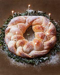 Cardamom Coffee Bread Wreath
