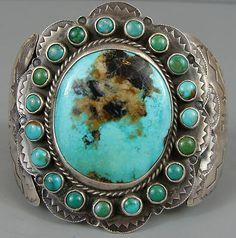 Check the way to make a special photo charms, and add it into your Pandora bracelets. Vintage Turquoise, Coral Turquoise, Turquoise Gemstone, Turquoise Jewelry, Turquoise Bracelet, Silver Jewelry, Jewlery, Navajo Jewelry, Southwest Jewelry