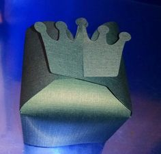 DIY crown favor box set of six by hilemanhouse on Etsy