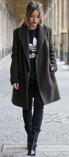 #winter #fashion / monochrome black