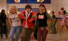 'Lizzie McGuire,' 'That's So Raven,' and 'Hannah Montana,' Are Coming Back To TV