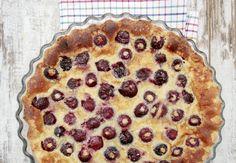 Grandmother clafoutis with cherries - - Dump Cake Recipes, Homemade Cake Recipes, Tart Recipes, Frosting Recipes, Dessert Recipes, Microwave Chocolate Chip Cookie, Chocolate Chip Recipes, No Cook Desserts, Easy Desserts