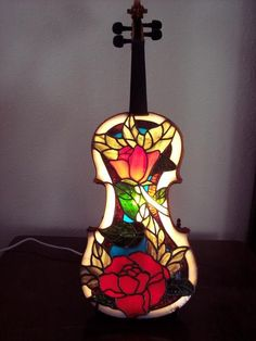 """2009 Lamps 3rd. Place """"Beautiful Music"""" by Cheryl - Nice lamp!"""