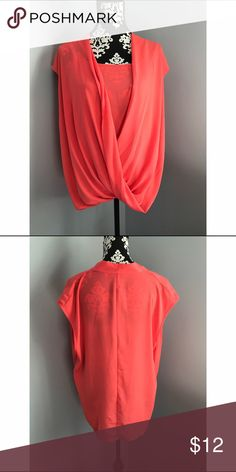 🅿️lus  Size Mossimo Blouse Size XXL. 100% polyester. Lightweight, semi sheer blouse Mossimo Supply Co Tops Blouses