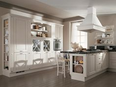 With alluminium accents and modern twist. could you be my kitchen? Shabby Chic Kitchen, Kitchen Decor, Kitchen Cabinet Design, Kitchen Cabinets, Beautiful Interiors, Ground Floor, Sweet Home, Flooring, Interior Design