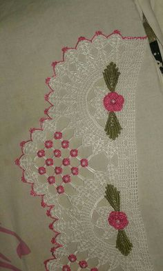 This Pin was discovered by hül Slip Stitch Crochet, Crochet Towel, Tunisian Crochet, Love Crochet, Filet Crochet, Irish Crochet, Crochet Doilies, Crochet Flowers, Crochet Designs