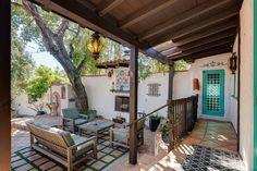 2098 Crescent Drive, Altadena, CA 91001 Spanish Revival Home, Spanish Bungalow, Spanish Style Homes, Spanish Backyard, Pasadena Real Estate, Italian Style Home, Hut House, Mexican Home Decor, Kerala House Design