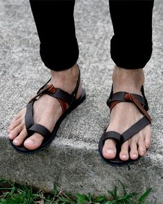 Flip Flops are the fashion rage and here is how you can carry off this trend fashionable!