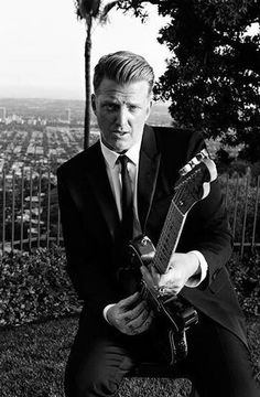 Josh Homme by Hedi Slimane for Saint Laurent. This photo is so sexy! Blues Rock, Music Love, Music Is Life, Archive Music, Eagles Of Death Metal, Josh Homme, Jazz, Indie, Rock Legends