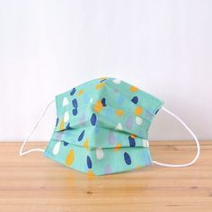 It is very cute raindrops nostalgic tint!  TEMARIYA masks are all hand made with soft, skin-friendly double cotton gauze. It's three-dimentional c...