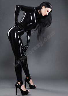 latexcrazy:  Kiki in a basic female latex catsuit - starts from 199€ inclusive made-to-measure tailoring and chlorination service - available in more than 100 breathtaking different colors from Radical Rubber and 4D Supatex - handmade in Germany - enjoy your week!
