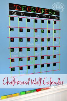 We can't get enough of this awesome Chalkboard ClearCoat wall calender!