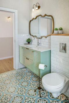 Bathroom Design Inspiration, Modern Bathroom Design, Bathroom Interior Design, Small Toilet Room, Small Bathroom, Complete Bathrooms, Classic Bathroom, Room Ideas Bedroom, Bathroom Styling
