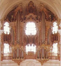 The organ at the Basilica of St. Martin (Weingarten), the monastery church of the Weingarten Abbey was built by Joseph Gabler between 1737 & 1750. In addition to the Great Organ in the Church he also built the small choir organ in 1743, but this has since been renovated or completely rebuilt.