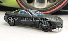 Depuis que l'on attend de la voir débarquer celle-là !  Il y a quelques semaines nous vous proposions de découvrir la version imprimée 3D de la Mazda RX-7 FD mais aujourd'hui vous allez pouvoir voir la toute première photo de la mythique voiture de Mazda. Hier soir, Jun Imai a publié sur son compte Instagram une image du prototype métal qui devrait ravir certains d'entre vous qui souhaitaient voir de modèle et qui se contentaient à défaut de se jeter sur la 24/Seven qui était le modèle qui…