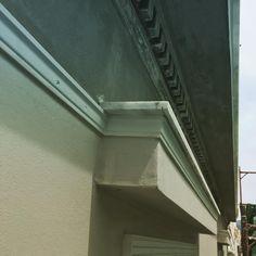 Τοποθέτηση γύψινων σε ανακαίνιση όψης νεοκλασικού στην Αθήνα Stairs, Home Decor, Stairway, Decoration Home, Room Decor, Staircases, Home Interior Design, Ladders, Home Decoration