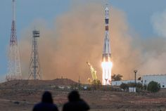 Launch of ISS crew (March 27)
