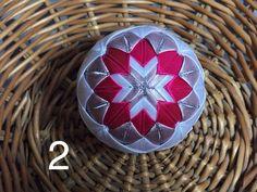 Dekorácie - vianočné patchworkové gule staroružová v kombinácii s bielou a pink - 7147203_