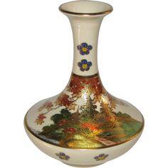 Japanese Porcelain Satsuma Vase of the Koshida Family Kiln