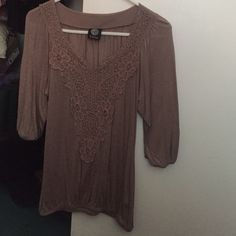 Tan 3/4 sleeve top Cute top! Size medium, scrunches at the bottom and sleeves. Only worn a couple of times. Tops