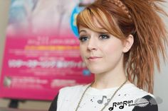 lindsey stirling- why is she so pretty?