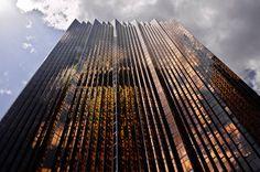 Oxford Properties installs real-time energy dashboard at Toronto's Royal Bank Plaza Green Architecture, Amazing Architecture, Royal Bank, Property Management, Railroad Tracks, Skyscraper, Oxford, Toronto Canada, World