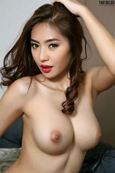 Free naked coed web cam