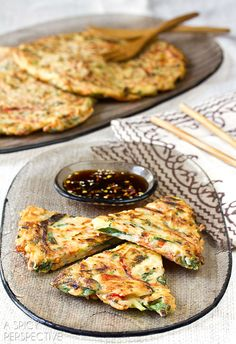 Easy Crispy Veggie Korean Pancake Recipe: Pajeon Veggie Recipes, Asian Recipes, Vegetarian Recipes, Cooking Recipes, Healthy Recipes, Sauce Recipes, Delicious Recipes, Easy Recipes, I Love Food