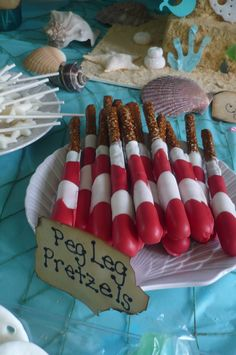 Chocolate covered pretzels to look like peg legs Chocolate Covered Pretzels, Dr Suess, School Resources, Pirate Party, Pirates, Birthday Parties, Mermaid, Party Ideas, Baby Shower