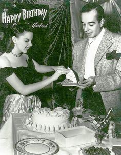 Judy Garland -her 23rd birthday party 1945 with Vincent Minnelli