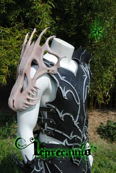 Dead dragon armour 3 by Kloor-a-Kawn.deviantart.com on @deviantART----I should learn how to do stuff like that skull