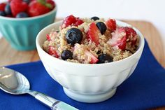 Hot 'n Fruity Quinoa Bowl Recipe | Hungry Girl